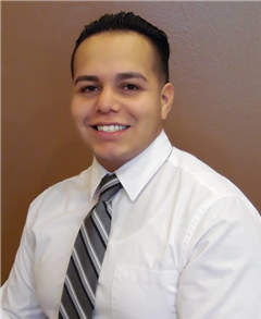 Alan Diaz-Sandoval Farmers Insurance profile image - adiaz5_d01a52bbd3c54354b43c92842633ad46