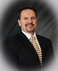 Alberto Dominguez Farmers Insurance profile image