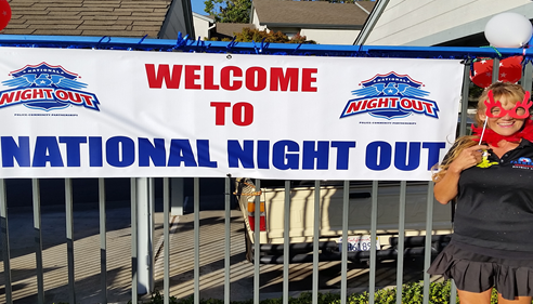 Brian Lotz - <pre>Theresa at Walnut Hills Apartment&rsquo;s &quot;National Night Out&quot; celebration 2015</pre>