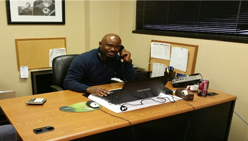 T Greer Carr - <pre>Dele is helping a customer decide on the correct cover for their home policy.</pre>