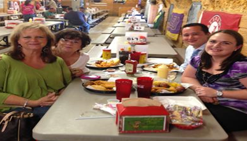 Gerri Thompson - <pre>Training team enjoying lunch...Big Sandy style!</pre>