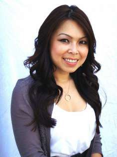 Debbie Nguyen Farmers Insurance profile image