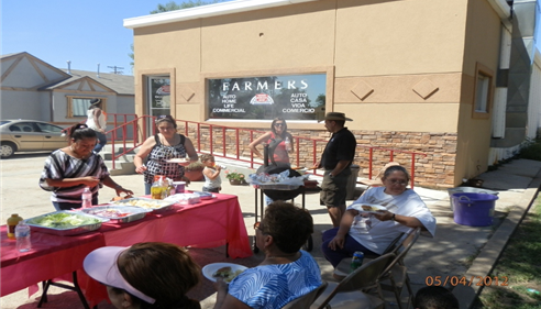 Jaime Gonzalez-Escarcega - <pre>Grillin&rsquo; burgers and hotdogs for our valued customers.</pre>
