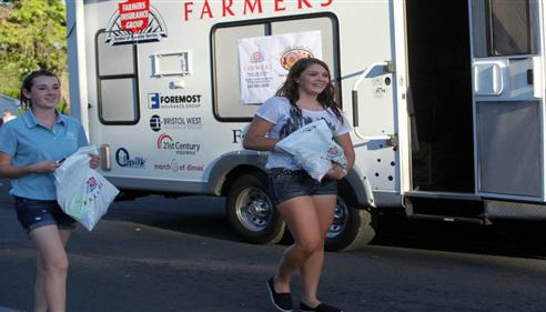 Joanna Hayden - <pre>Umatilla County Fair Parade 2012</pre>