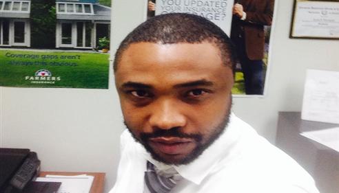 Jemell Morgan - <pre>Selfie in the office.... Chicago, IL</pre>