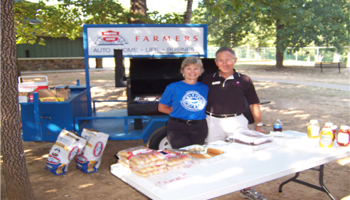John Ogden - <pre>Enjoyed passing out food during the Run for Veterans Event in Fayetteville, AR.</pre>