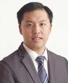 Lawrence John Cua Farmers Insurance profile image