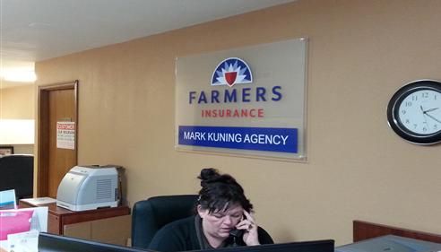 Mark Kuning - <pre>Office interior</pre>