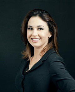 Maureen Martinez Farmers Insurance profile image