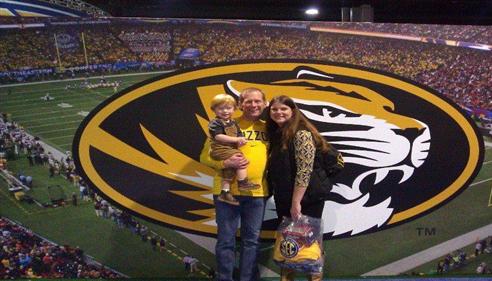 Matthew Smith - <pre>Matt, Nancy, and their son at the 2014 SEC Championship.</pre>