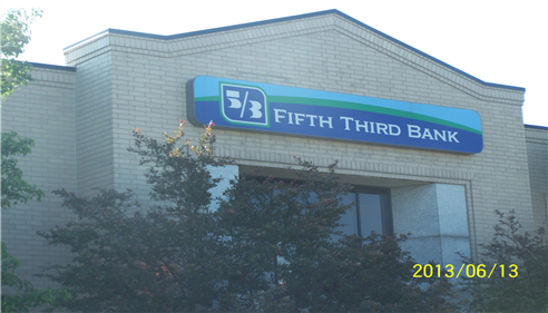 J Thomas McBride - <pre>We are located in the Fifth Third Bank Building.</pre>